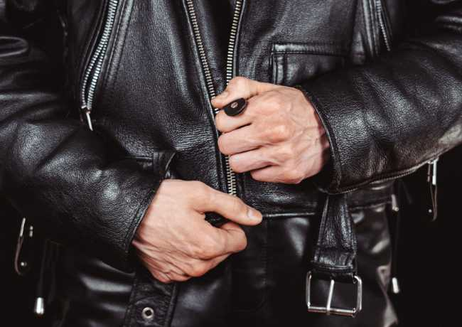 Top 5 Reasons To Buy Lambskin Leather Jackets